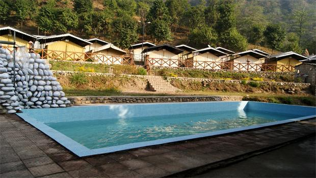 Swimming pool at Indiathrills Campsite