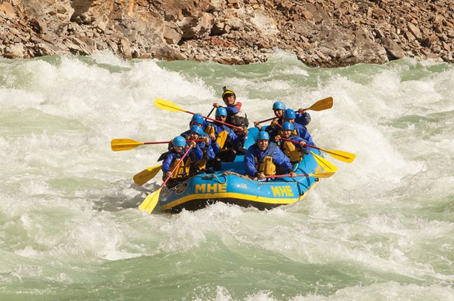 group doing River Rafting in Rishikesh