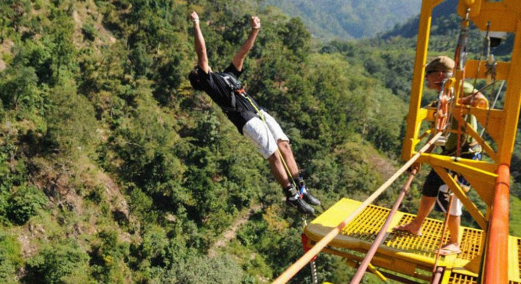 Bungee Jumping in Rishikesh (2)