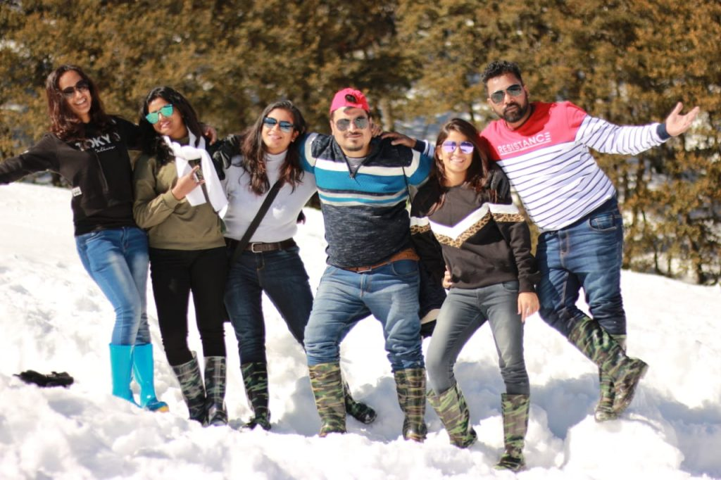 Auli customized tour - Fun with Friends