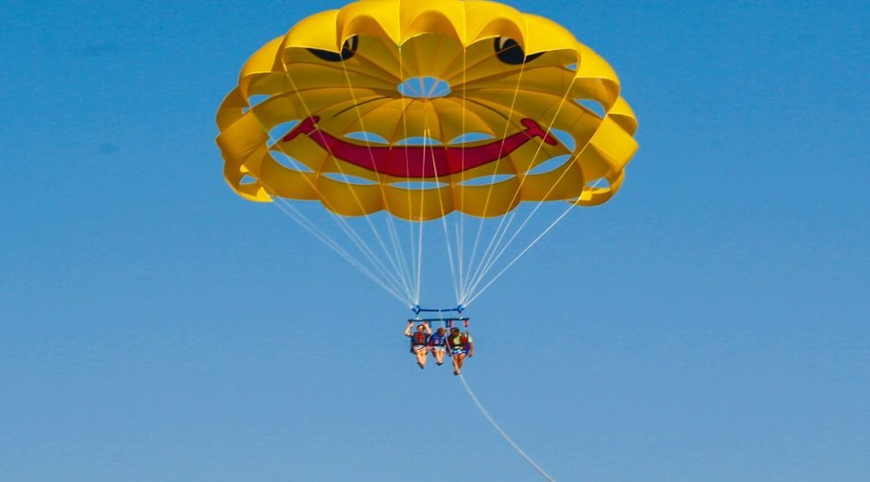 Parasailing in Udaipur